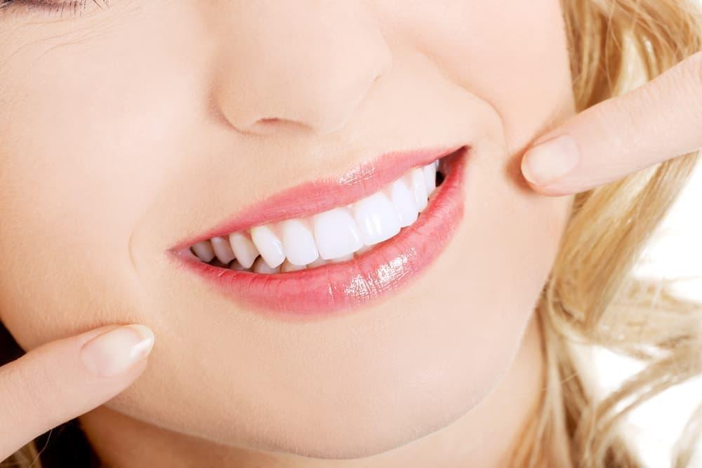 картинка красивая улыбка с зубами